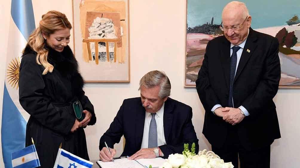"""Alberto Fernández, a Netanyahu: """"Nuestro compromiso por saber la verdad de lo que pasó en la AMIA es absoluto"""""""