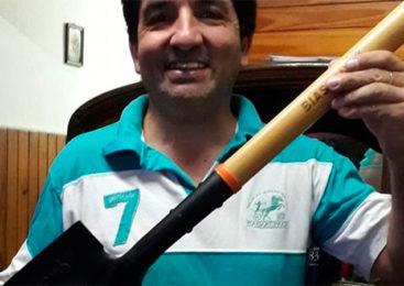 Encontró dos millones de pesos, los devolvió y recibió una pala como recompensa