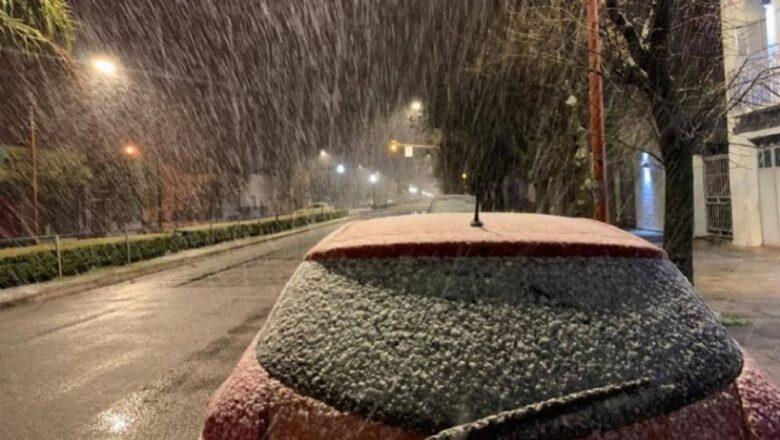 Nieve en la provincia de Buenos Aires, y aire polar en todo el país